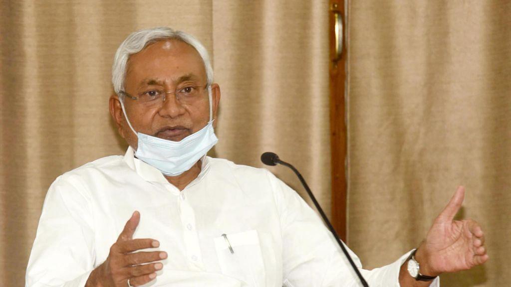 बिहार में जानलेवा कोरोना से जुड़े आंकड़ों की बाजीगरी! नीतीश सरकार ने माना अब तक 5424 नहीं, 9375 लोगों की गई है जान