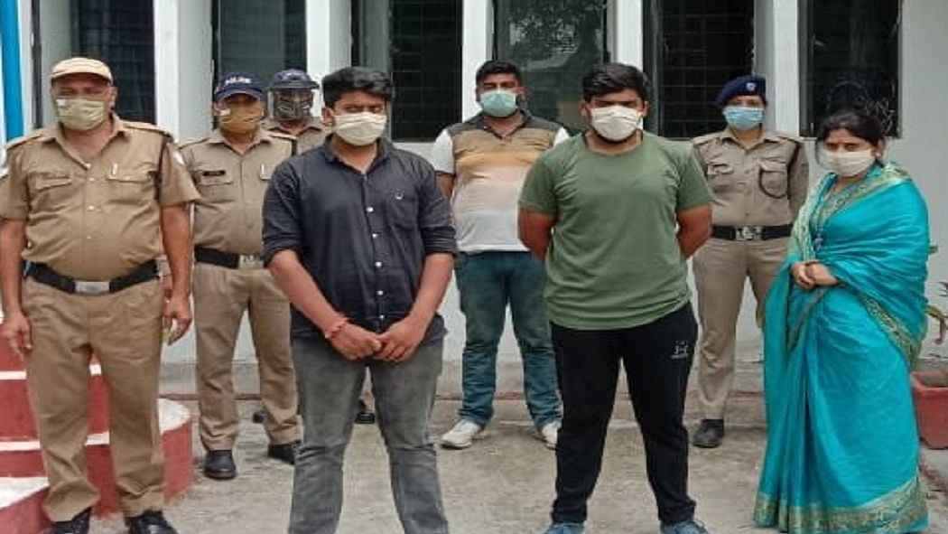 सत्ता की दबंगई! देहरादून में BJP महिला नेता पर करोड़ों की प्रॉपर्टी हड़पने का आरोप, पुलिस ने किया गिरफ्तार