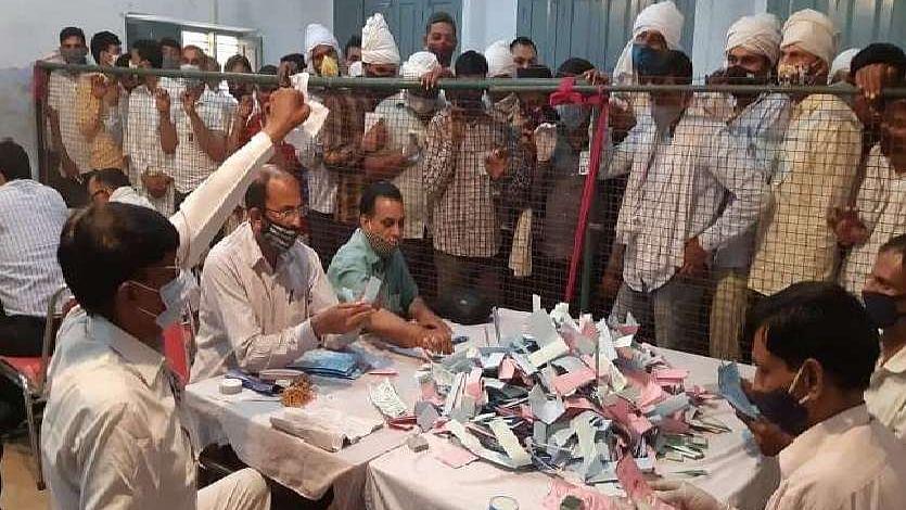 उत्तर प्रदेशः पंचायत अध्यक्ष चुनाव की तारीखों का ऐलान, 15 जून से 3 जुलाई के बीच होंगे मतदान
