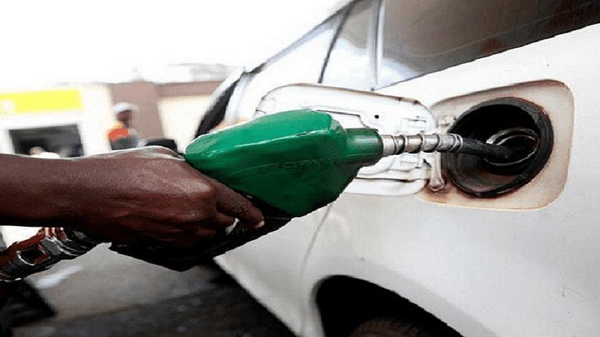 देश की जनता पर महंगाई की मार, फिर बढ़े पेट्रोल-डीजल के दाम, जानें आपके शहर में क्या है तेल की कीमत