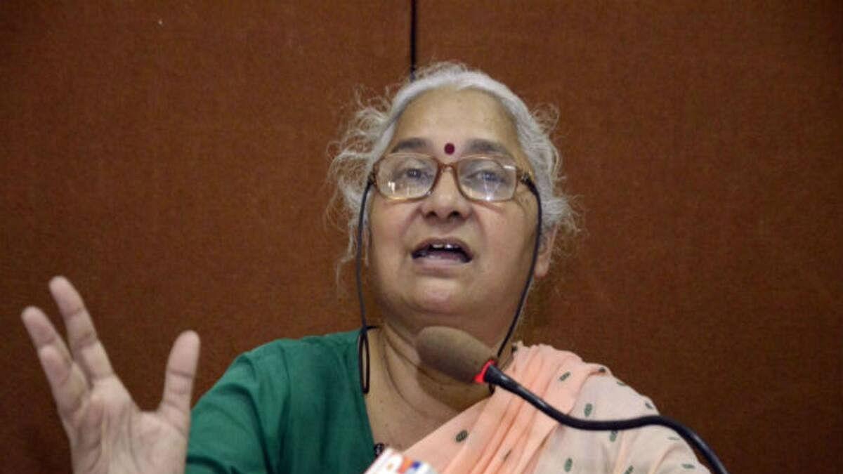 कोरोना के खतरे में बुजुर्ग कैदियों की हो रिहाई, मेधा पाटकर ने सुप्रीम कोर्ट में दायर की याचिका