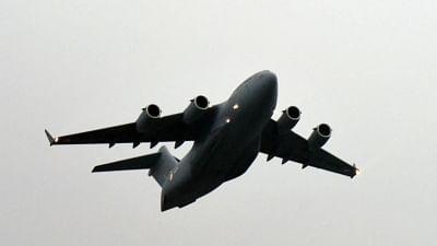 भोपाल से फ्लाइट को हाईजैक कर पाकिस्तान ले जाने की धमकी, भोपाल-इंदौर हवाई अड्डों की बढ़ी सुरक्षा, शख्स गिरफ्तार