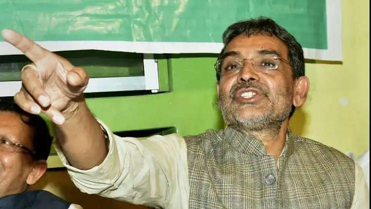बिहार की NDA सरकार में बढ़ी रार, नीतीश पर बीजेपी नेता के हमले के बाद कुशवाहा ने खोला मोर्चा