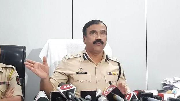 मुंबई की सोसाइटी में टीकाकरण धोखाधड़ी के आरोप में 5 गिरफ्तार, गहन जांच में जुटी पुलिस