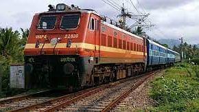 अर्थ जगत की 5 बड़ी खबरें: भारतीय रेलवे ने बनाया एक नया रिकार्ड और विदेशी क्रिप्टो एक्सचेंजों पर लग सकती है 18% GST!