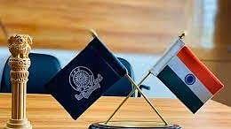 यूपी सरकार ने आधी रात को किए 18 IAS अधिकारियों के तबादले, मुजफ्फरनगर, गोरखपुर समेत इन जिलों के बदले गए जिलाधिकारी