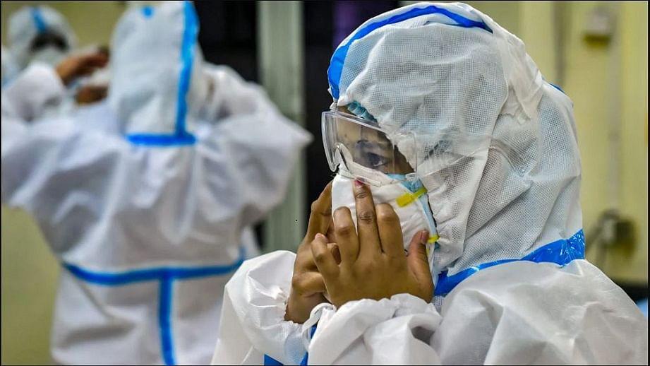 अगस्त में भारत में कोरोना की तीसरी लहर आने की संभावना, सितंबर में होगी चरम पर, रिपोर्ट में दावा