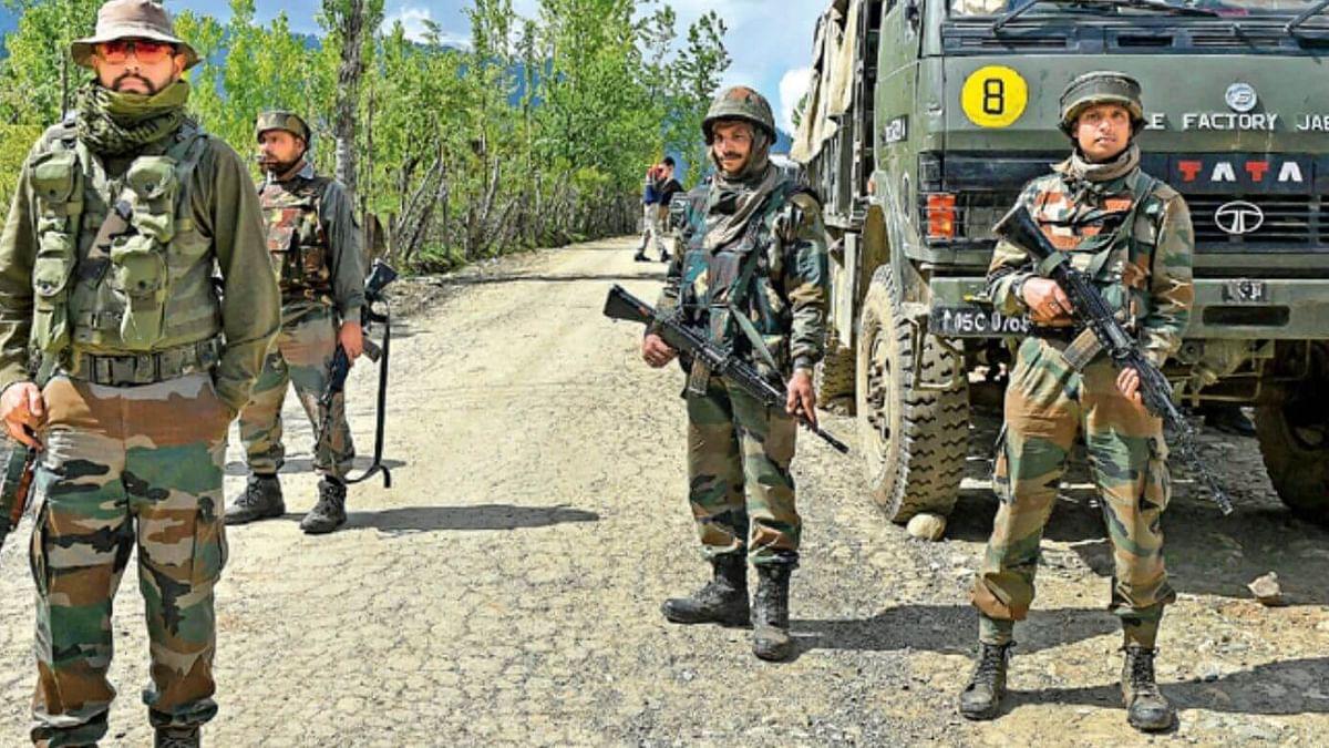 जम्मू-कश्मीर: बारामूला में सुरक्षाबलों और आतंकियों के बीच मुठभेड़, एक आतंकी ढेर, सर्च ऑपरेशन जारी