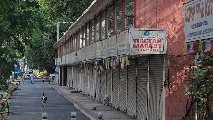 दिल्ली के लोकप्रिय जनपथ बाजार पर बड़ी कार्रवाई, कोविड नियमों के उल्लंघन के चलते किया गया बंद