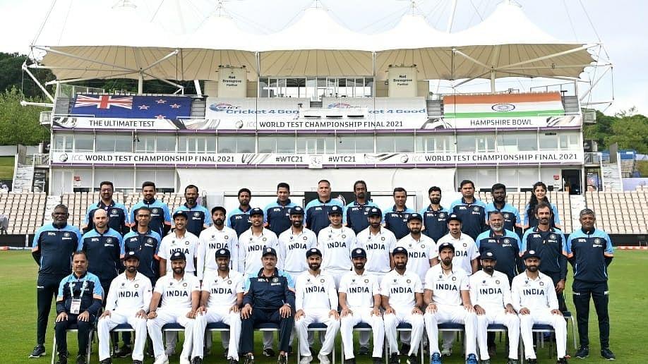 इंग्लैंड में भारतीय टीम का एक और खिलाड़ी कोरोना पॉजिटिव, डेल्टा वैरियंट का हुआ शिकार, सकते में पूरी टीम!