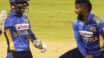 कोलंबो टी-20 : रोमांचक मुकाबले में मेजबान श्रीलंका ने भारत को 4 विकेट से हराया