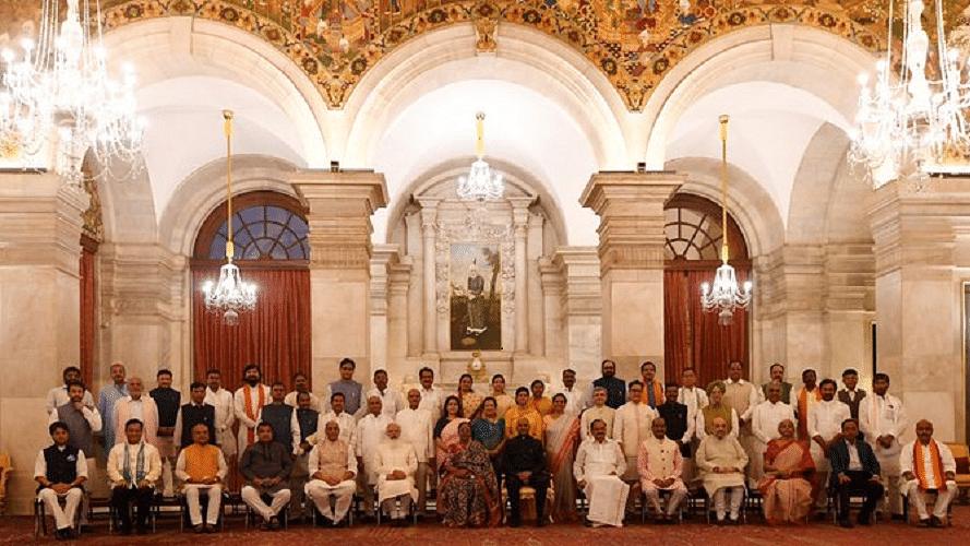 जानें मोदी कैबिनेट में यूपी के मंत्रियों का सामाजिक समीकरण, आगामी चुनाव में गणित साधने की पूरी तैयारी