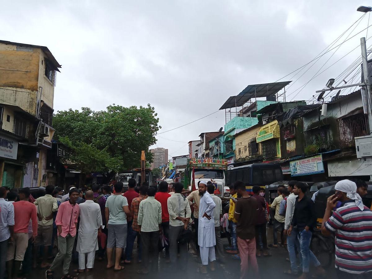 मुंबई में बारिश की वजह से हादसा! गोवंडी में मकान गिरने से 4 की मौत, 10 घायल