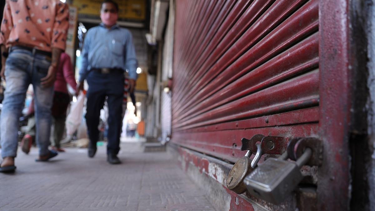 कोरोना: यूपी में सप्ताहिक बंदी से जल्द मिल सकती है राहत, सीएम योगी ने गाइडलाइन जारी करने का दिया निर्देश