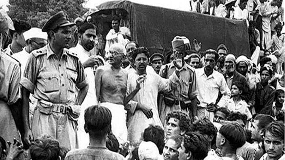 मृणाल पाण्डे का लेख: 8 अगस्त, 1942 से कितना अलग है 8 अगस्त, 2021?
