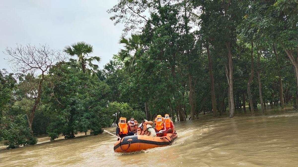 बिहार में दो स्टेशनों पर गंगा की बाढ़ का 'रेड अलर्ट' जारी, यूपी, झारखंड और पश्चिम बंगाल को लेकर भी चेतावनी