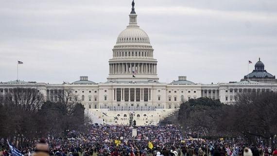 कैपिटल हिंसा मामले में बढ़ीं ट्रंप की मुश्किलें, 7 पुलिस अधिकारियों ने पूर्व राष्ट्रपति पर किया केस