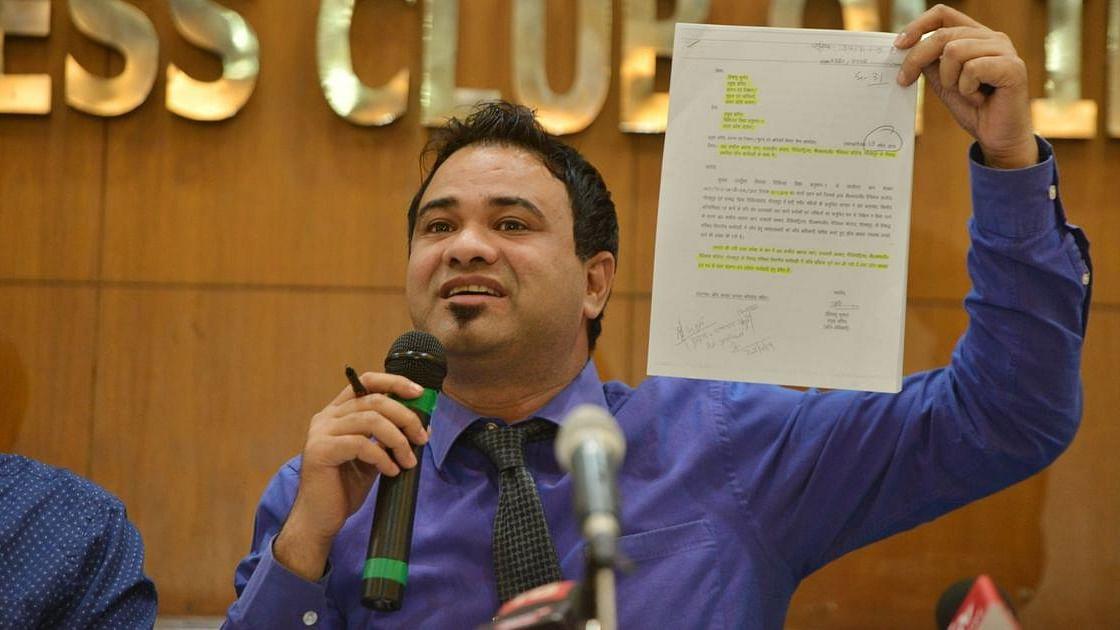 योगी सरकार ने डॉ कफील खान के खिलाफ फिर से जांच को वापस लिया, हाईकोर्ट के नोटिस पर जवाब में बताया