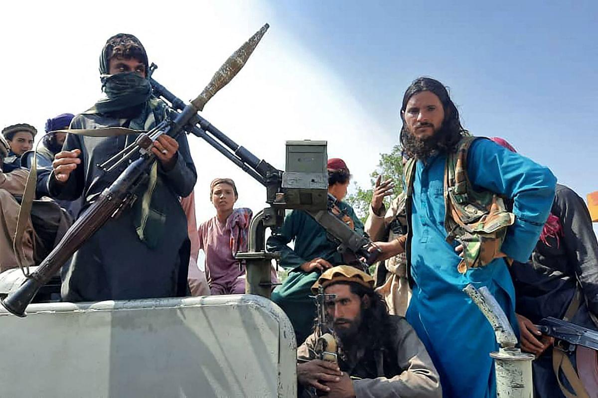 आखिर कैसे महाशक्तियों के दंभ का कब्रिस्तान बन गया अफगानिस्तान!