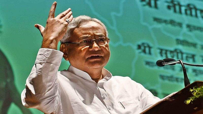 बीजेपी को बड़ा झटका देने की तैयारी में नीतीश कुमार, बिहार में जातीय जनगणना कराने का दिया खुला संकेत