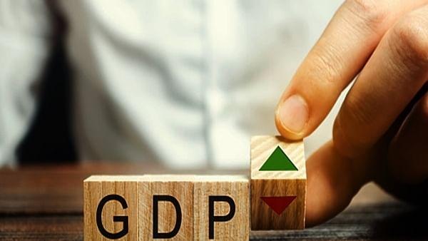 RBI की ब्याज दरों में कोई बदलाव नहीं, GDP वृद्धि दर का अनुमान 9.5 फीसदी, जानें  शक्तिकांत दास ने क्या कहा
