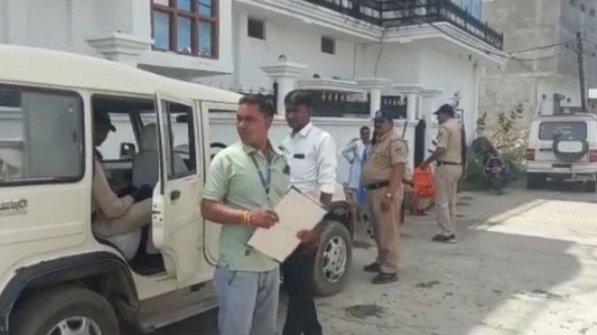 रीवा में 12 करोड़ की मालकिन निकली ये महिला सरपंच, ठिकानों पर छापा मारने गई टीम के अधिकारियों के भी उड़े होश!