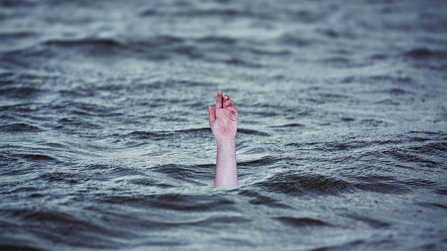 बिहारः तालाब में डूबने से 5 बच्चों की मौत, कमल का फूल तोड़ने के चक्कर मेंं गई जान, पूरे गांव में मातम का माहौल
