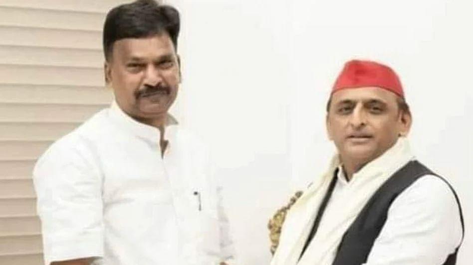 बड़ी खबर LIVE: यूपी विधानसभा चुनाव से पहले बीजेपी को बड़ा झटका, सपा में शामिल हो सकते हैं बीजेपी विधायक