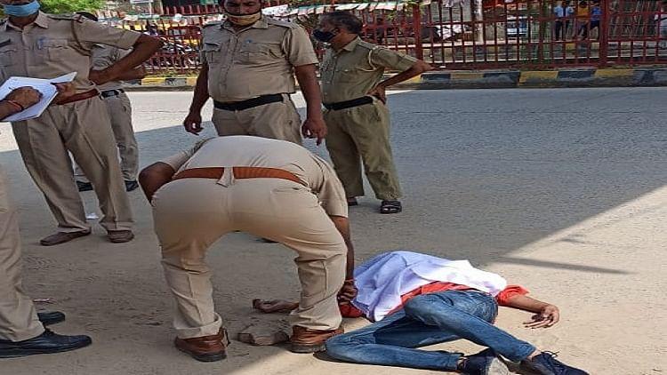 गुरुग्राम में मंदिर के पास युवक की गोली मारकर हत्या, सरेआम घटना को अंजाम देकर फरार हुए बाइक सवार अपराधी