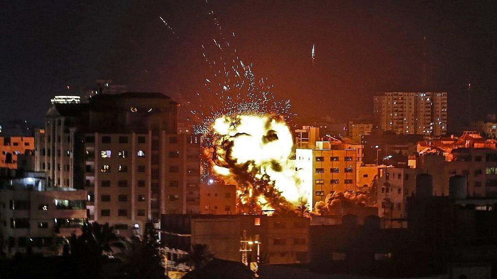 दुनिया की 5 बड़ी खबरें: गाजा के आतंकवादियों ने इस्राइल पर दागे रॉकेट और चीन में हुए विस्फोट में 8 की मौत