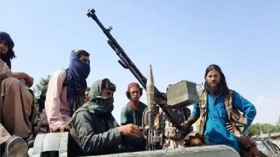 दुनिया की 5 बड़ी खबरें: पाक से 3 शीर्ष तालिबान कमांडर के तनावपूर्ण रिश्ते और राष्ट्रपति पुतिन खुद को करेंगे सेल्फ-आईसोलेट