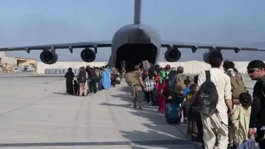 अफगानिस्तान: काबुल एयरपोर्ट से अंतर्राष्ट्रीय उड़ानें कब होंगी शुरू, अधिकारियों ने बताया