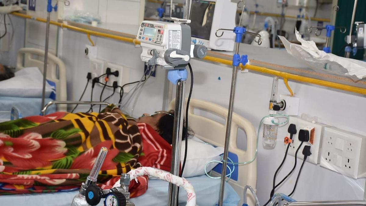 यूपी में रहस्यमयी बुखार का कहर, लखनऊ में पिछले दो दिनों में 400 मरीज हुए भर्ती, 40 बच्चे भी शामिल, दहशत में लोग