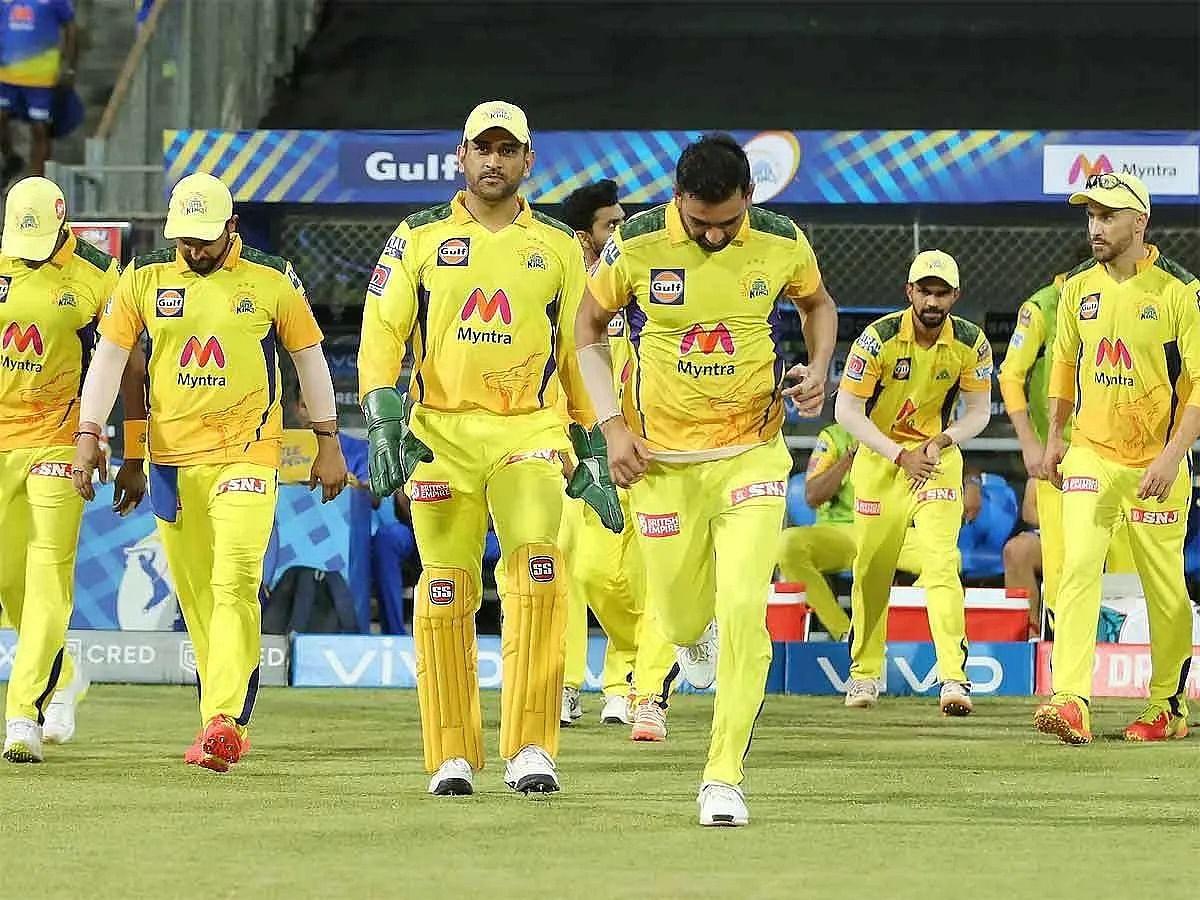 खेल की 5 बड़ी खबरें: IPL की शुरूआत से पहले CSK को लगा बड़ा झटका! और गांगुली ने द्रविड़ को कोच बनाए जाने के दिए संकेत