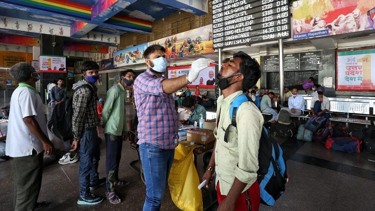 कोरोना वायरस: बीते 24 घंटों में देश में 15,823 नए केस आए सामने, 226 मरीजों की मौत