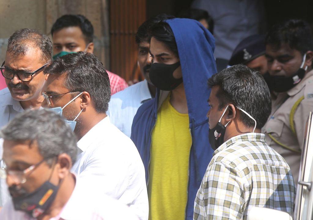 क्रूज़ ड्रग्स केस: आखिरकार आर्यन खान को मिली जमानत, 26 दिन के बाद आएंगे बाहर