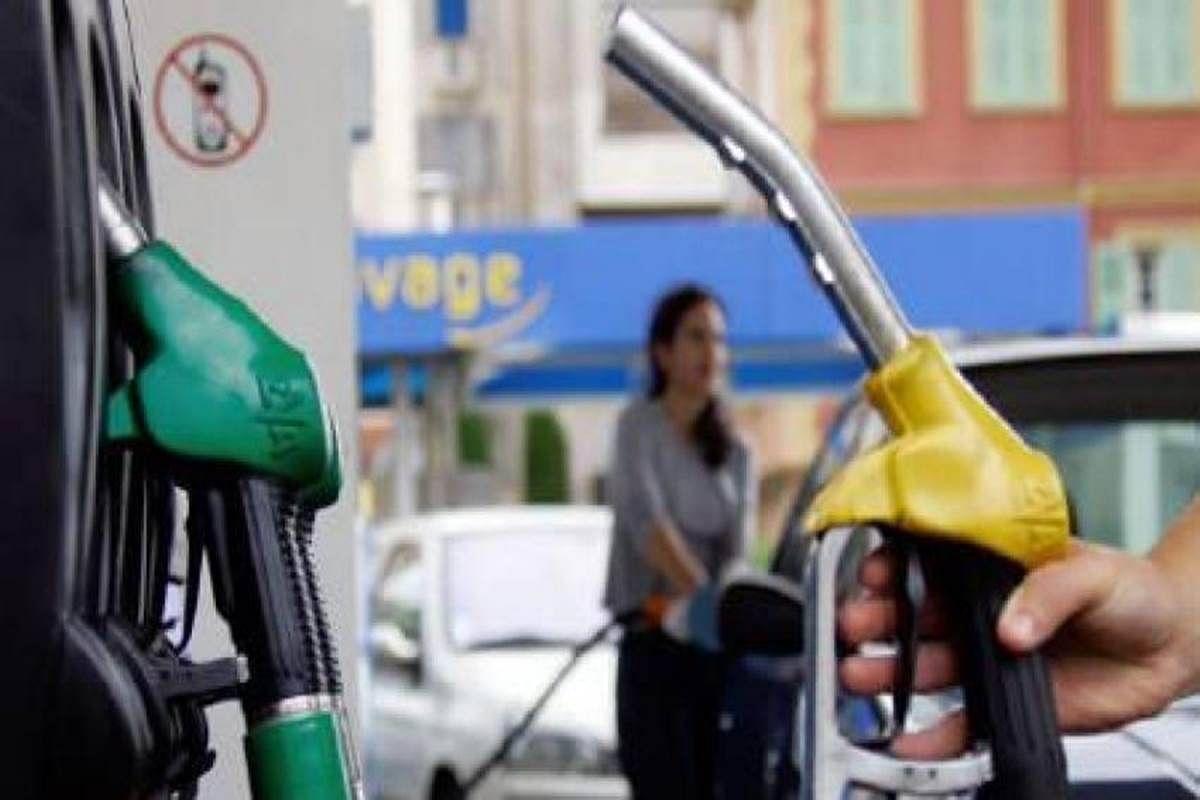 बड़ी खबर LIVE: पेट्रोल भी 100 रुपये प्रति लीटर हो गया है, पीएम मोदी को जश्न मनाना चाहिए, पी चिदंबरम का तंज