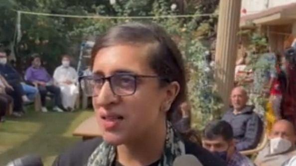 जम्मू-कश्मीर: अपने पिता की हत्या पर श्रद्धा बिंदरू बोलीं- मेरी आंखों में एक भी आंसू नहीं है क्योंकि वो एक फाइटर...