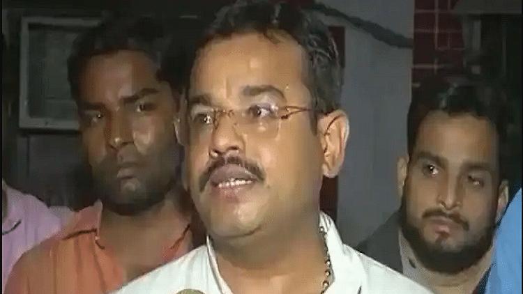 बड़ी खबर LIVE: लखीमपुर हिंसा के आरोपी आशीष मिश्रा को पुलिस रिमांड में हुआ डेंगू, जेल अस्पताल में किया गया शिफ्ट