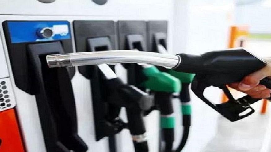 तेल की कीमतों में लगी आग जारी, इस हफ्ते लगातार चौथे दिन बढ़े पेट्रोल-डीजल के दाम, जानें आपके शहर में क्या है नई कीमत
