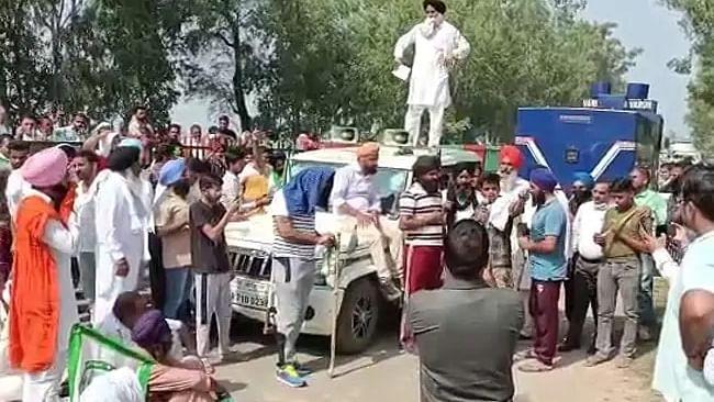 वीडियो: अब हरियाणा में BJP सांसद के काफिले की कार ने अन्नदाता को रौंदा! किसानों का आरोप- हत्या की थी कोशिश