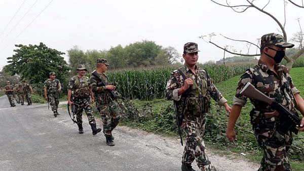 'अडानी पोर्ट पर मिली 3000 किलो ड्रग्स, लेकिन पंजाब में बढ़ाया गया BSF का अधिकार क्षेत्र'