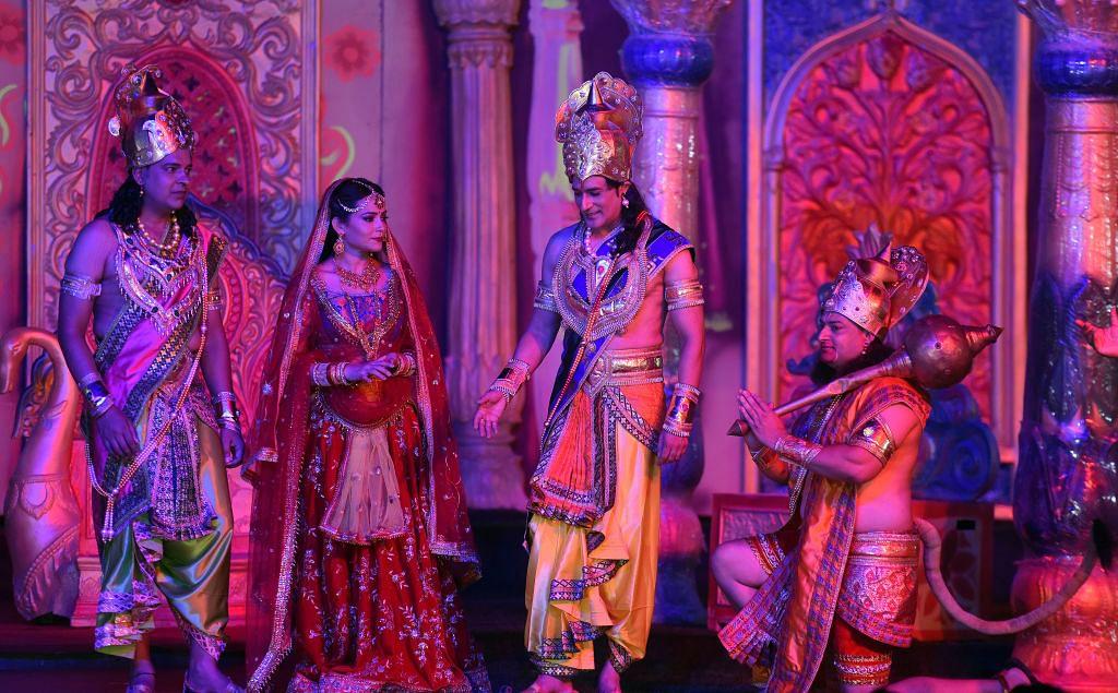 हम सबके हैं राम और रामलीला! सदियों से भारतीय संस्कृति का हैं हिस्सा, दोनों पर है हर जाति-धर्म का अधिकार