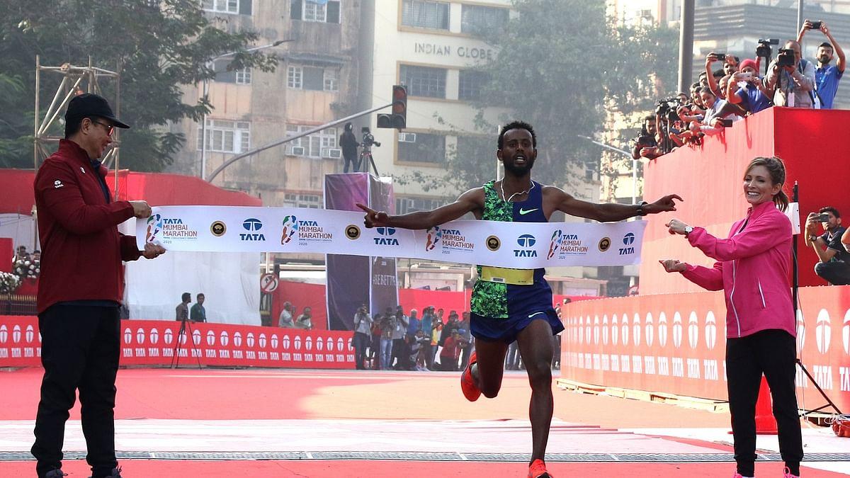 Ethiopian Derara Hurisa winning the Tata Mumbai Marathon in Mumbai on January 19, 2020.