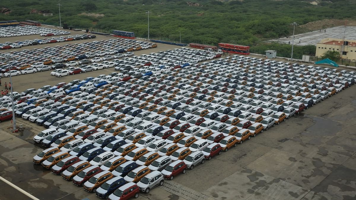 Auto sales remain in slow lane in January