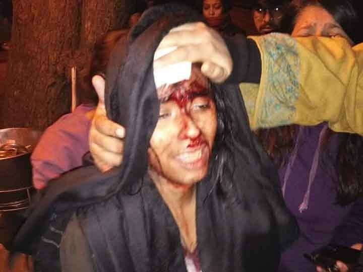 Police nab four outsiders fleeing JNU violence scene