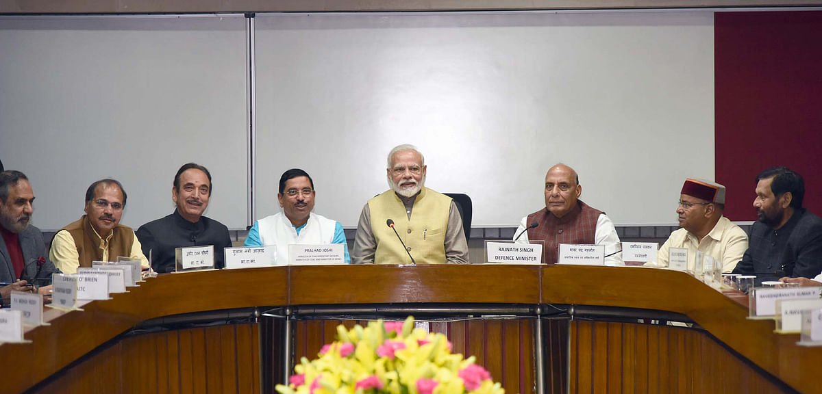 Modi calls for focus on economic issues for India to gain from global situation
