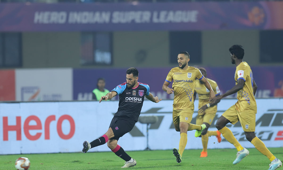 Football  ISL  : Odisha flex muscle at home with Mumbai scalp