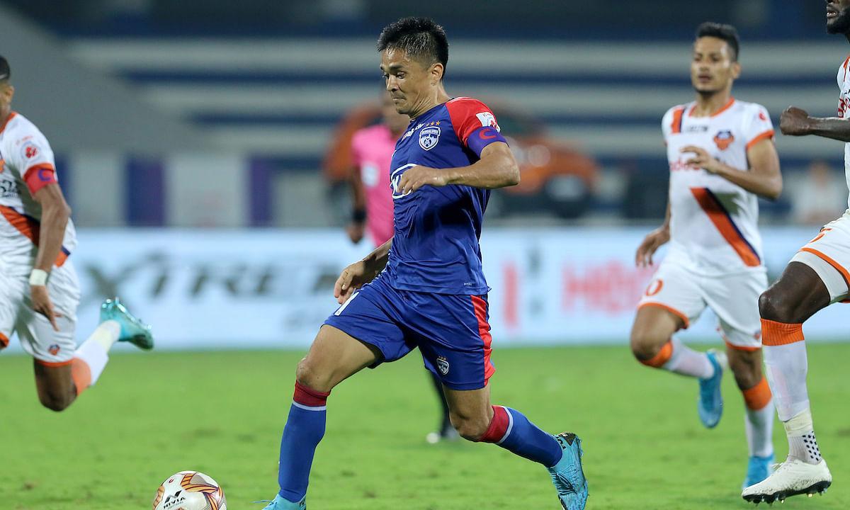Football  ISL: Chhetri, Bengaluru rise to the occasion