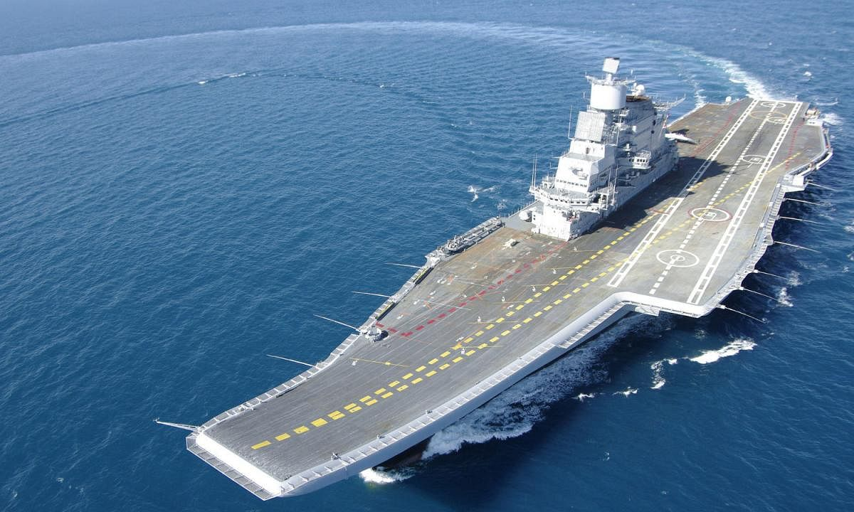 Naval version of LCA makes maiden landing on INS Vikramaditya